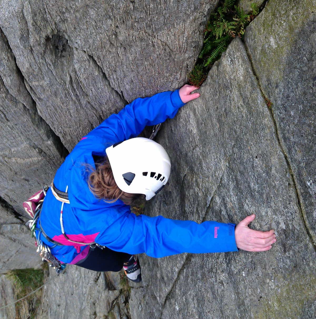 Multi pitch climbing introduction